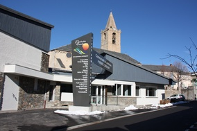 Administrative center of the community of communes (1)