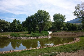 The new pond in the public park of Saillagouse (summer 2010)