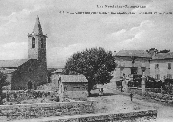 The church square (photo of the early twentieth century)