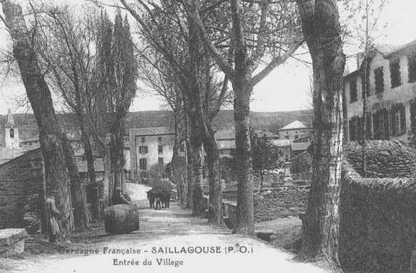 Entrance of the town (photo of the early twentieth century)